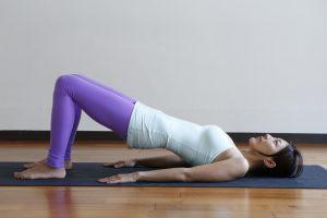 腰痛や尿もれを腰上げヨガで改善。骨盤底筋が鍛えられる 〜女性のためのエイジレスヨガ vol.4〜