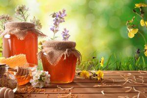【はちみつ健康法❶】はちみつ(蜂蜜)は健康づくりの万能食。150以上の有効成分を含む