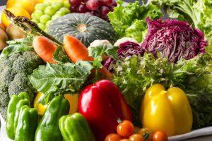 【橋本病やバセドウ病の人の食事】納豆やキャベツ、辛いものなど病気別「注意すべき食品」