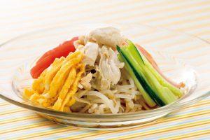 【ダイエット向けレシピ】麺の代わりにまさかのモヤシ!?ヘルシー冷やし中華