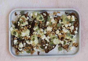 【ピオッピ式長生きレシピ】ハーブヨーグルトドレッシングで食べる、焼きナスのフェタチーズがけ