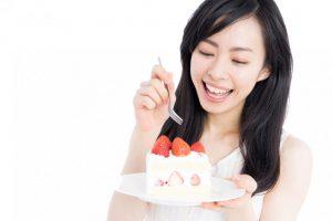 【医師推奨】「食べ放題=太る」はもう古い!半日好物食べ放題ダイエットなら肉もケーキも食べて減量可能