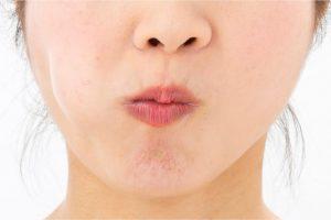 歯科医が教える!ほうれい線が薄まる秘策を公開