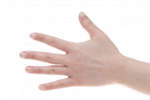 【子宮筋腫・子宮内膜症・子宮頸部異形成のセルフ対策】人さし指の「子宮のツボ」刺激がおすすめと中医師が奨励