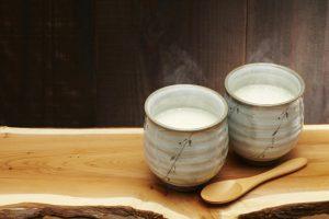 酒粕で作る?米麹で作る?米麹から作る「甘酒」は高血圧対策におすすめ