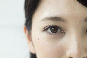 眼科医解説【白内障の基礎知識】まぶしい、かすむなど症状も白内障タイプも原因や治療法も全網羅