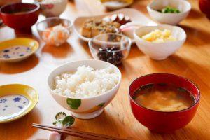 高血圧を下げる食事①【醤油スプレー】を専門医推奨。減塩でき味が断然美味しい