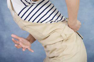 首・肩・腰の長引く痛みもモヤモヤ血管が原因?指で押してモヤモヤ血管を消す治し方