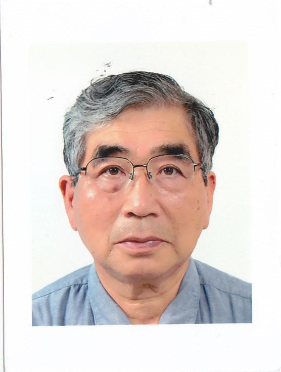 信州大学名誉教授 辻井弘忠