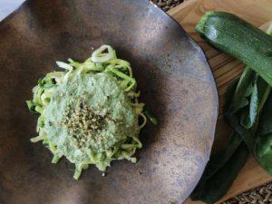 【初夏の食材】麺いらずジェノベーゼパスタで老化を遅くしましょう 〜キレイが作れるはじめてのローフードごはんvol.14〜