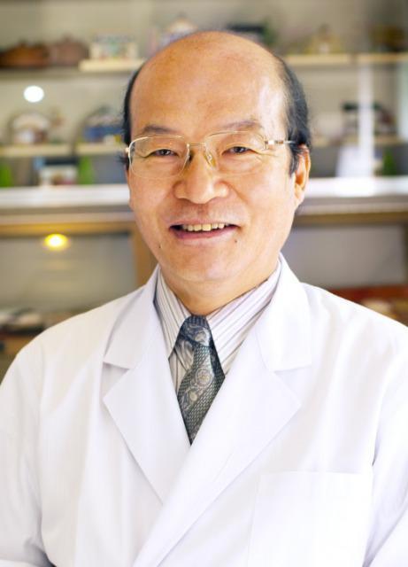 日本薬科大学教授 丁 宗鐵