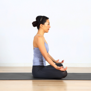 OLさん必見!腰痛や尿トラブル、ぽっこりおなかを予防する座り方〜女性のためのエイジレスヨガ vol.2〜