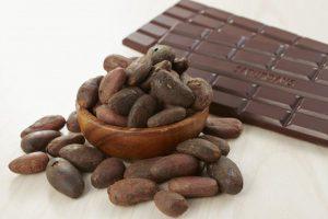 【医師解説】高血圧は「カカオ70%以上」のチョコレートで改善?1日25グラムが適量