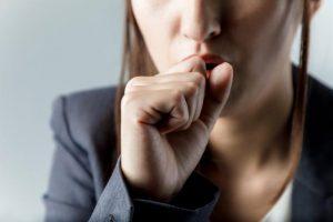 肺の重病【COPD】とは?原因・症状を医師が解説。肺炎や心不全を招く可能性も