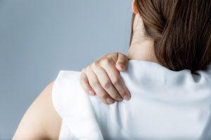 【肩こり・ひじ痛・腱鞘炎】におすすめのツボ刺激「1分腕もみ」で改善した人多数