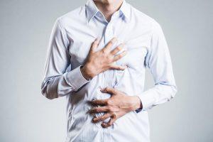 心房細動の原因 高血圧や糖尿病の人は危険大、症状のサインは動悸や胸の痛み