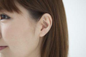 耳鳴りを招くメニエール病、突発性難聴が【耳つまみ】で改善すると耳鼻科医も推奨