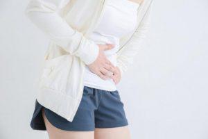 【胆石とは?】食後のみぞおち痛が代表的症状。胆石の種類やできやすい人を専門医が解説