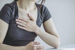 COPDで息が吸えなくなる【息切れパニック】の緊急対処法「口すぼめ呼吸法」のやり方