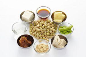長寿ホルモン「アディポネクチン」とは?長生きの人の体内に多く、大豆食品で増やせる可能性も