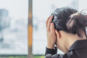 【雨の日の頭痛】原因は低気圧による自律神経の乱れかも。首正しで対策