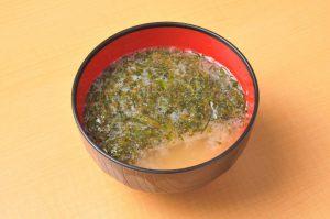 健康海藻「アカモク」の減量作用|内臓脂肪減らしや余分な脂肪の吸収を抑えるのに役立つ