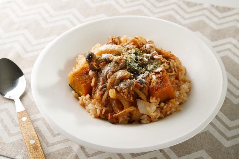 大人のための粉ミルク「プラチナミルク」と炊飯器で簡単「同時メシ」がコラボ!食物繊維豊富な秋の新メニューって?